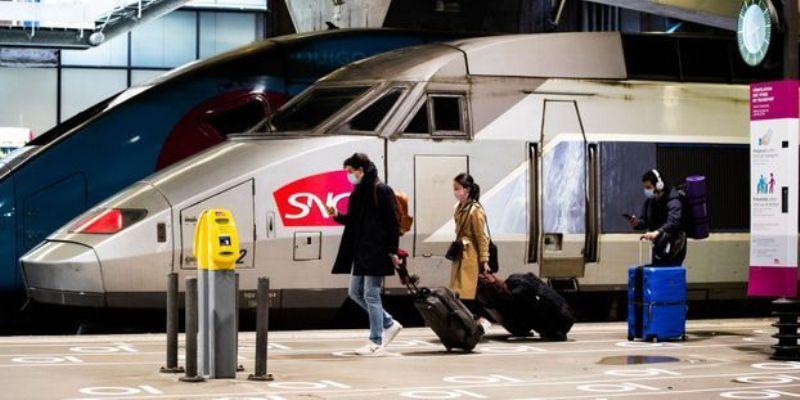 Faire un voyage en TGV